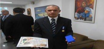Investigador recebe homenagens na Marinha do Brasil